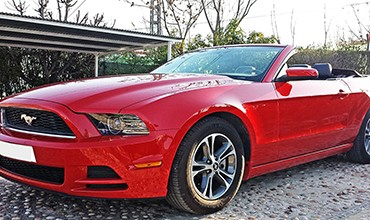 Ford Mustang V6 Cabrio Premium. Año 2013