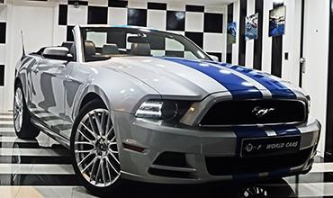 Ford Mustang V6 Premium Cabrio, año 2013.