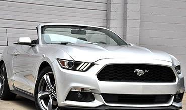 Ford Mustang V6 Cabrio, modelo 2015. 38.600 €