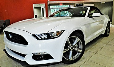 Ford Mustang Descapotable Premium, modelo 2016. VENDIDO